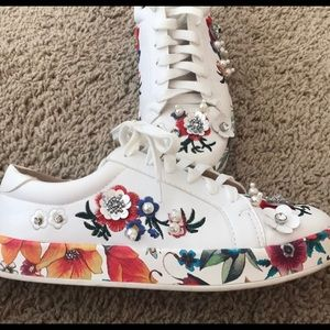 Embellished Floral White Sneakers
